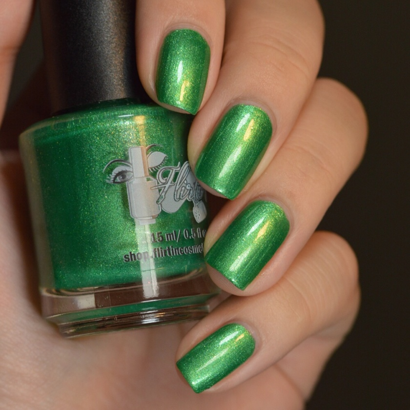 swatch flirtin' grass skirt 1