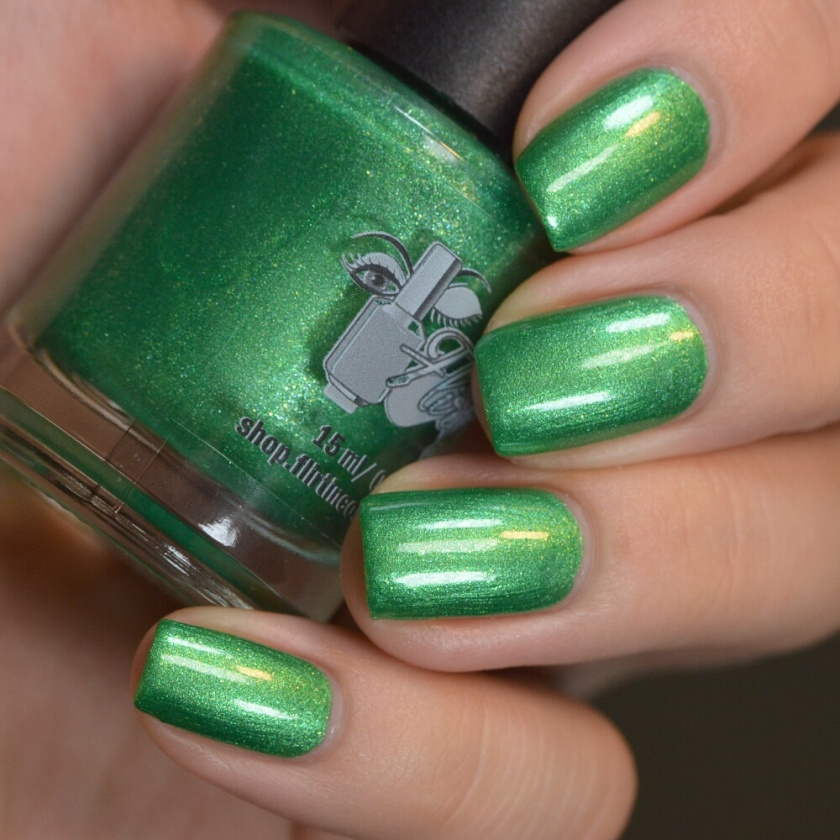 swatch flirtin' grass skirt 2