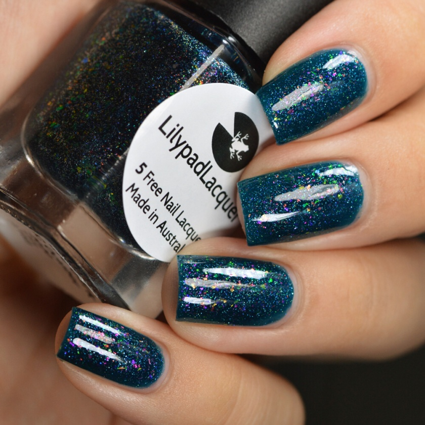 swatch lilypad whispers in the dark 2