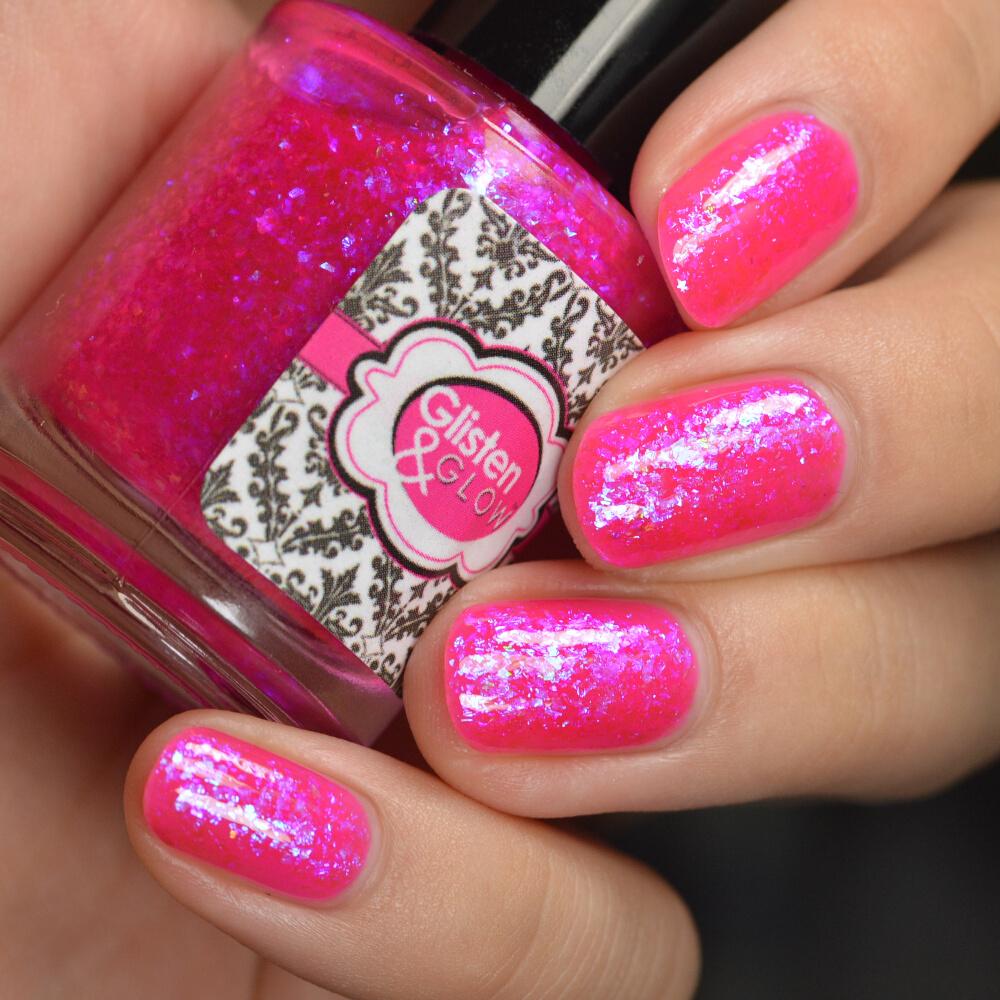 swatch glisten&glow pink in the city 2