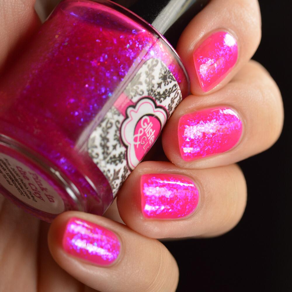 swatch glisten&glow pink in the city 3